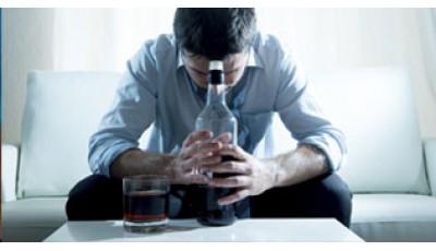 Алкогольная созависимость: почему мужчины пьют