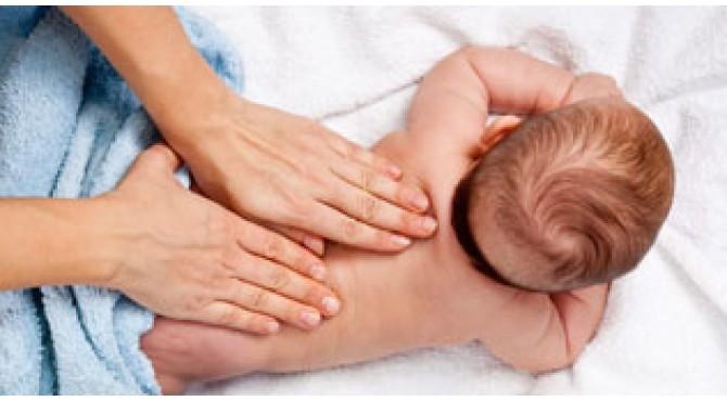 Особенности развития детей от 0 до 3 месяцев, чем может помочь остеопатия